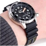 CITIZEN Αυτόματο ρολόι Promaster με μαύρο λουράκι και ημερομηνία ny0040_09e